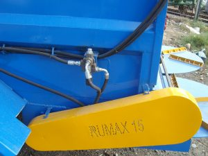 Rumax_muck_spreaders_15_featured